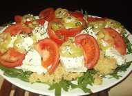 Salata sa kačamakom i povrćem