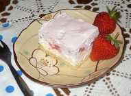 Lagani kolač sa jagodama