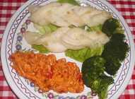 Pletenice od somovine sa brokolijem i umakom