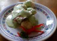 Piletina sa karfiolom u sosu od mirođije