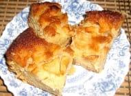 Mirisni bakin kolač od jabuka