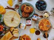 Razlike između organskog i sirovog meda