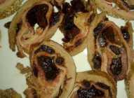 Biftek punjen slaninom i suvim šljivama
