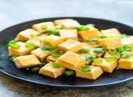 Tofu – bogat kalcijumom i gvožđem
